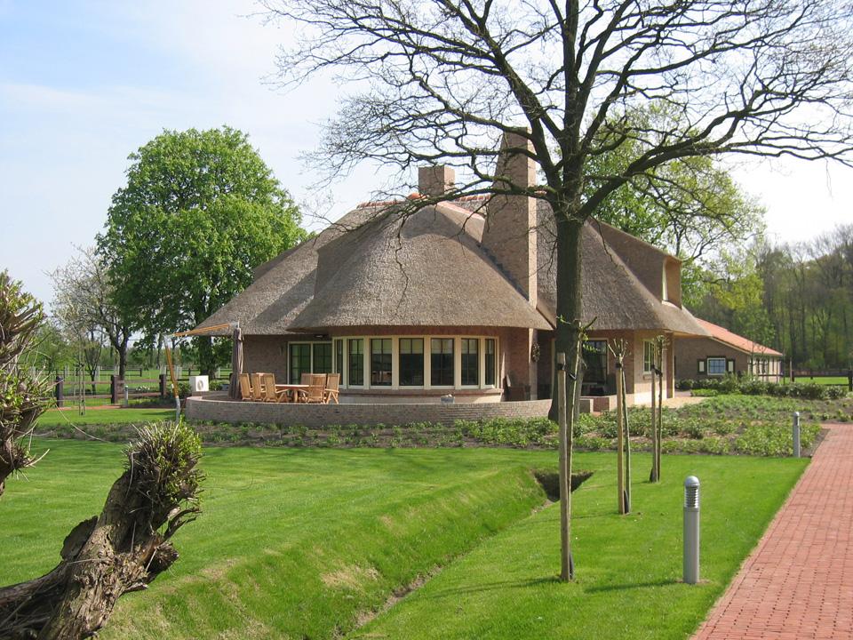 Vrijstaande luxe woning te Enschede