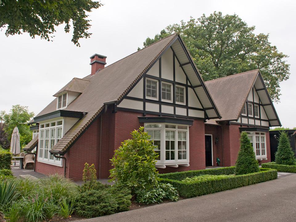 Vrijstaand woninghuis te Hengelo
